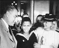 Александров, Паттерсон и Орлова в нахимовском училище в Риге