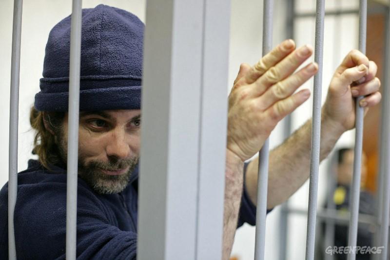 Йен Роджерс за решеткой в России