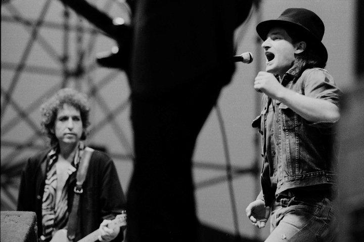 Боно Боб Дилан